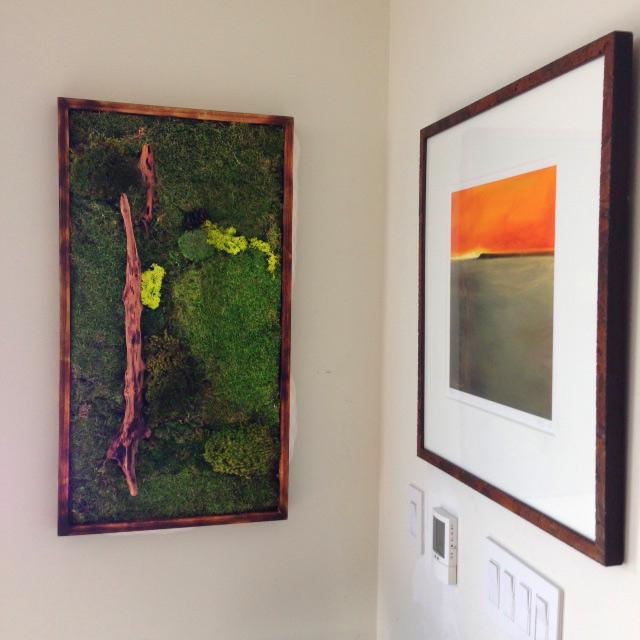 moss-art-in-hallway